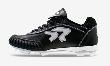 Diamond Dynasty 2.0 Lightweight Molded Softball Cleats with Pro-Tec-Toes